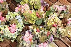 『Wild Strawberry』さんのフラワーアレンジメント1Day Lessonでした♪|Chances News  紫陽花のリース  #hydrangea #wreath