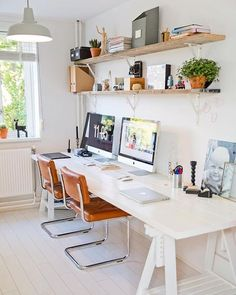 Shared #workspacegoals regram from Linda Bart @linenhoningh in The Netherlands ✨✨ The final pick in our workspace for two feature is the home office of Linda Bart, a makeup artist photographer blogging together at Lin & Honingh If you like wood, white vintage you'll love their beautiful home. We're for the warm tones in this workspace love how the tan leather chairs pop against the white desk Thanks Linda Bart for inspiring us with your cozy workspace for tw...