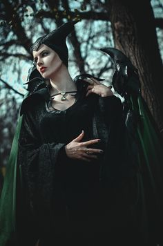 Maleficent pinned from http://worldcosplay.net/photo/3210773