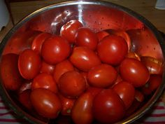 How to Produce the Best-Tasting Tomatoes - I Love Tomatoes Growing Veggies, Growing Tomatoes, Tomato Garden, Vegetable Garden, Best Tasting Tomatoes, Food Hacks, The Best, Herbs, Organic