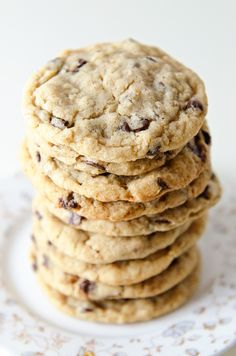 Chewy Oatmeal Chocolate Chip Coconut Oil Cookies