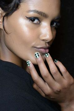 Spring Summer 2014 Geometric Manicure nail trends, nail polish colors, summer nails, geometr manicur