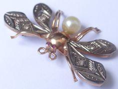Feliz Jóias - Anos 50/60 - Borboleta Em Lindo Broche De Ouro - R$ 525,00 no MercadoLivre