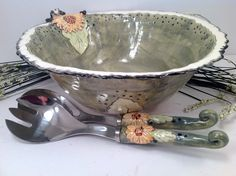 Salad bowl set/salad bowl/serving spoon/large salad bowl/large bowl/sunflowers/wedding gift/farm to table by joycepottery on Etsy