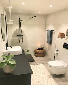 5 claves para iluminar espacios pequeños con focos led Bathroom Tray, Bathroom Sets, Bathrooms, Home Decor Shops, Home Decor Items, True Homes, Sweet Home, Inspire Me Home Decor, Bathroom Accessories Sets