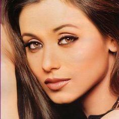 Indian Hot Images, Rani Mukerji, Bollywood Stars, Heroines, Makeup Inspo, Indian Beauty, Bollywood Actress, Blue Eyes, Beauty Women