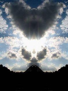 Resultado de imagen de Real Pictures Angels Clouds