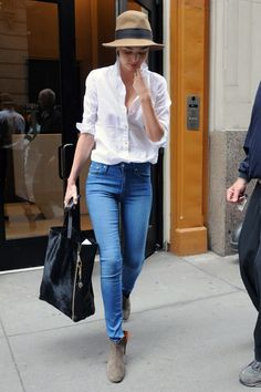 sublimespy:    all you need…blue jeans, a white blouse and a hat mixed with panache!