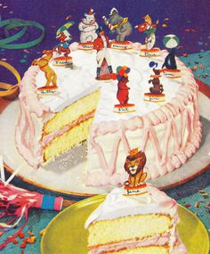 File Photo) What an adorable vintage birthday cake! Vintage Birthday Cakes, Vintage Birthday Parties, Retro Birthday, It's Your Birthday, Vintage Cakes, Happy Birthday, Beatles Party, Retro Recipes, Vintage Recipes