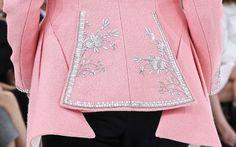 Christian Dior Haute Couture Automne 2014 Broderie Détail ... par Raf Simons
