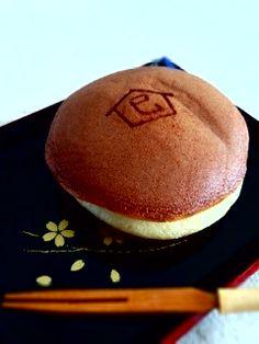 Japanese Dorayaki Pancake for 2013 Snake Year Celebration, from Minamoto Kitchoan