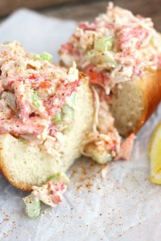 Our Crab Po'boys inspired by New Orleans are a fan favorite. This easy crab salad sandwich can't be beat! Crab Sandwich, Soup And Sandwich, Sandwich Recipes, Fish Recipes, Seafood Recipes, Cooking Recipes, Healthy Recipes, Salad Sandwich, Hamburgers