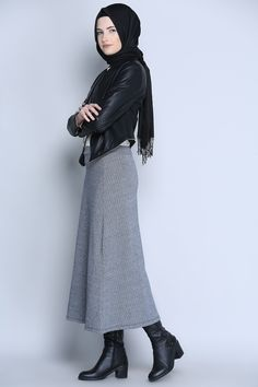 A modern #hijab look for every #hijabista more to discover at : www.hijabstylefashion.com