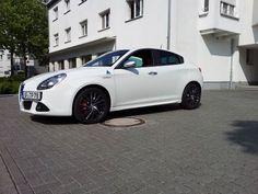 Really wish they'd sell these Alfa Romeos in the US..  #comebackalfa
