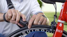 Dispositivo fecha furos em pneus de bicicletas em apenas um minuto