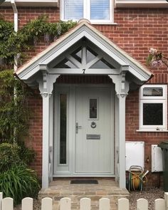 Porch Uk, Front Door Porch, Front Porch Design, House With Porch, House Front, Victorian Porch, Victorian Terrace House, Porch Kits, Porch Ideas Uk