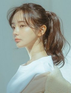 If you like your hairdo, there's no reason to agonize over making a s Uzzlang Girl, Girl Face, Woman Face, Wig Styles, Short Hair Styles, Ulzzang Girl Fashion, Korean Hairstyles Women, Fashion Hairstyles, Japanese Hairstyles