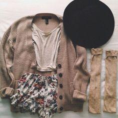 Knit cardigan // plain tee /: printed shorts // long socks // hat
