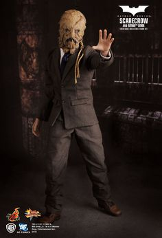 Scarecrow Scale Collectible Figure by Hot Toys