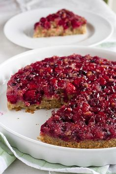 5 Upside-Down Fall Desserts to Flip For (like the pictured Cranberry Upside-Down Cake). Cranberry Upside Down Cake, Pear Upside Down Cake, Cranberry Cake, Fall Desserts, Delicious Desserts, Upside Down Desserts, My Favorite Food, Favorite Recipes, Sour Cream Cake
