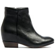 MEKA | Midas #ankleboot #madeinitaly #wedge #heel #classic #shape #shoes #boots #midas #midasshoes #black #leather #smooth #style