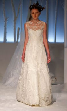 KleinfeldBridal.com: David Fielden: Bridal Gown: 33196007: A-Line: No Waist/Princess Seams