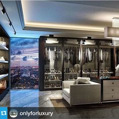 Now this is my ultimate wardrobe....I'll need it slightly bigger, but definitely this look! #amazing - From @onlyforluxury Beautiful Closet ✨   Photo via @lux.interiors   #OnlyForLuxury