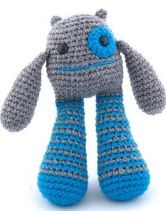 Amigurumi – Bubble Leg Monster also a free ravelry pattern showing different colour options