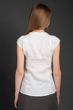 SALE Linen blouse short sleeves blouse for summer womans Linen Skirt, Linen Blouse, Linen Dresses, Blouse Designs High Neck, Fashion For Women Over 40, Couture Tops, Fashion Sewing, Short Sleeve Blouse, Blouses For Women
