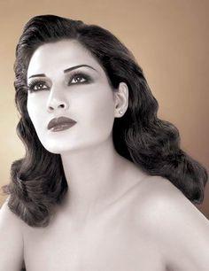 مدونة عبد المنعم الخن الشاملة: ألبوم صور الفنانة اللبنانية سرين عبد النور