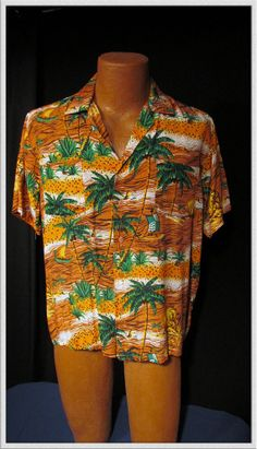 Mens vintage Hawaiian shirt rayon