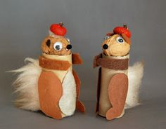 Cardboard Tube Squirrel Turn a cardboard tube walnut and acorn cap into these cute squirrels. A perfect recycling craft for fall that the kids will love. The post Cardboard Tube Squirrel was featured on Fun Family Crafts. Fall Preschool, Preschool Crafts, Crafts For Kids, Paper Towel Crafts, Toilet Paper Roll Crafts, Fall Art Projects, Craft Projects, Cute Squirrel, Squirrels