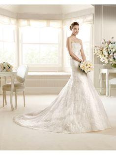 La Sposa by Pronovias  #trouwjurk #bruidsjapon #weddingdress