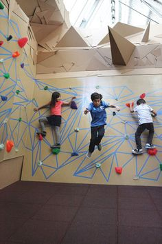 Camps at the new Childrens Museum. #50thingstodothissummer