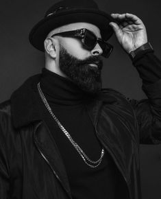 Zerion - Ngjyra e Zeze 🎩 - E Bukura Wayfarer, Ray Bans, Mens Sunglasses, Style, Fashion, Swag, Moda, Fashion Styles, Men's Sunglasses
