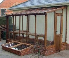 design ideas for lean-to greenhouses - love the matching cold frame - Many different models Lean To Greenhouse, Backyard Greenhouse, Greenhouse Plans, Pallet Greenhouse, Cheap Greenhouse, Greenhouse Wedding, Backyard Sheds, Porches, Lean To Shed Plans
