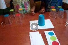 Fejleszti az érzékelést, reflexet, megfigyelőképességet, és a gyerekek imádják majd. Plastic Cutting Board, Crafts For Kids, School, Creative, Blog, Facebook, Type, Videos, Games