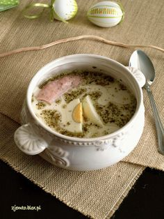 Appetite and Taste: Devolay (de volaille) with ham and cheese . at Stylowi. Polish Recipes, Polish Food, Borscht, Ham And Cheese, Cheeseburger Chowder, Lasagna, Food And Drink, Cooking Recipes, Pudding