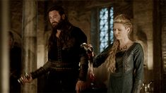 Rollo's face is priceless. Vikings 3.04.