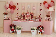 Minnie Mouse themed birthday party via Kara's Party Ideas KarasPartyIdeas.com | Favors, games, cakes, printables, and more! #minniemouse #minniemouseparty #girlyparty #partyideas #parytdecor (5)