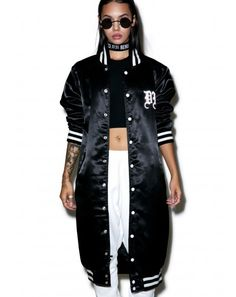 Majestic Curvy Womens Fashion Over 40 Ideas Womens Streetwear Fashion & Clothing Hipster Fashion, Fashion Over 40, Urban Fashion, Vintage Fashion, Fashion Check, Classy Fashion, Street Fashion, Streetwear Mode, Streetwear Fashion