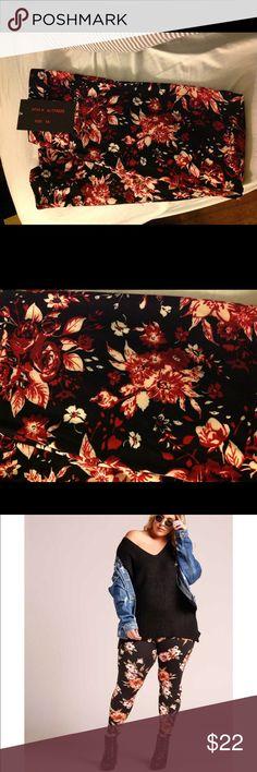 Floral leggings -plus size Cute & soft ladies plus size leggings with pretty floral design.  95% polyester, 5% spandex Pants Leggings