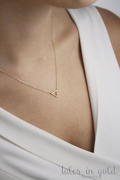 Gold Necklace, Triangle Pendant, 14 karat gold, Minimal Jewelry, Charm Necklace, Triangle Necklace, Gold Chain, Simple Triangle Necklace
