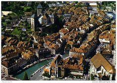 Rhône-Alpes - Frankreich; Rhône Alpes Annecy Le Vieil Annecy, son Château et le…