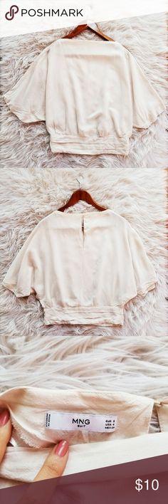 """Mng Suit Cream Batwing Top Loose fit. Keyhole back. 24"""" shoulder to hem. Lightweight.  Linen blend. Mango Tops"""