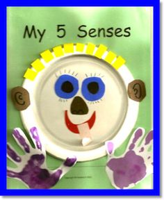 Create this book as you study each of the five senses. This art activity can also be incorporated into science! 5 Senses Craft, Five Senses Preschool, 5 Senses Activities, My Five Senses, Pre K Activities, Kindergarten Science, Preschool Classroom, Classroom Activities, Preschool Activities