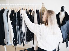 6 Easy Closet Decluttering Tips