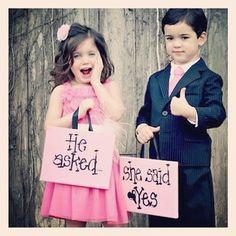 a great wedding announcement idea.  super cute!