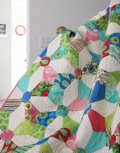 I've been toying with eventually tackling this quilt pattern, though I'm not sure in what format.