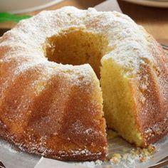 Κέικ μανταρίνι Sweet Recipes, Cake Recipes, Sweet Corner, Fruit Drinks, Something Sweet, Cornbread, Doughnut, Caramel, Bakery